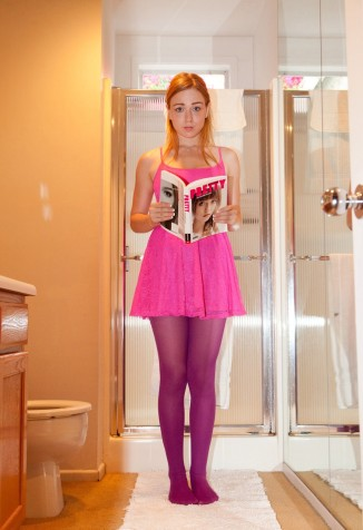 Amateur Teen in Pink Pantyhose - DSCN_02