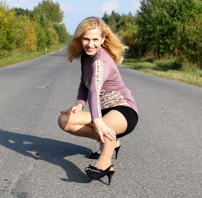25967606_dumb-blonde-polish-wife-in-pantyhose-sl-svm-010314016