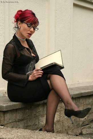 german-babes-in-nylons-1