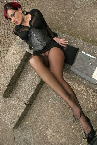 german-babes-in-nylons-8